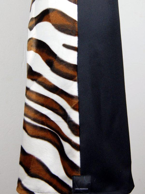 Illustration: Die Tigerin